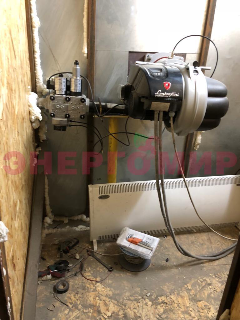 Новая газовая горелка в специальном пристрое